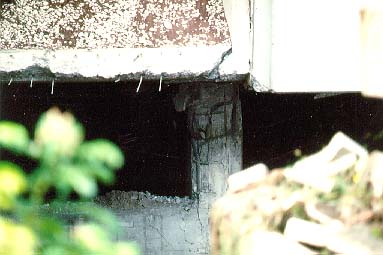 Damage to reinforced concrete support